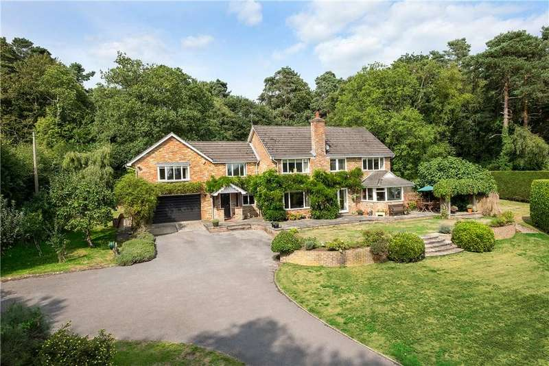 4 Bedrooms Detached House for sale in Fyning Lane, Rogate, West Sussex, GU31