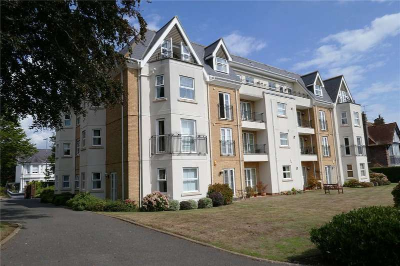 3 Bedrooms Apartment Flat for sale in The Goffs, Eastbourne, BN21