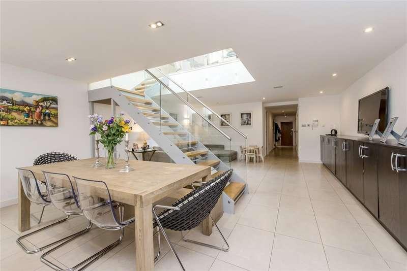 4 Bedrooms Mews House for sale in Cottenham Park Road, Wimbledon, London, SW20