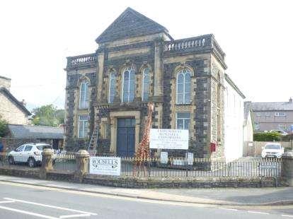 Semi Detached House for sale in Stryd Y Castell, Penrhyndeudraeth, Gwynedd, LL48