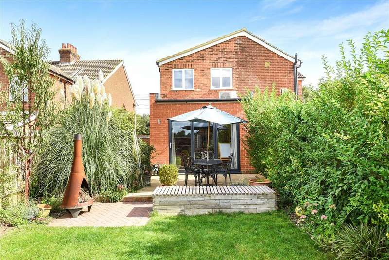 3 Bedrooms Semi Detached House for sale in Brambridge, Eastleigh, Hampshire, SO50