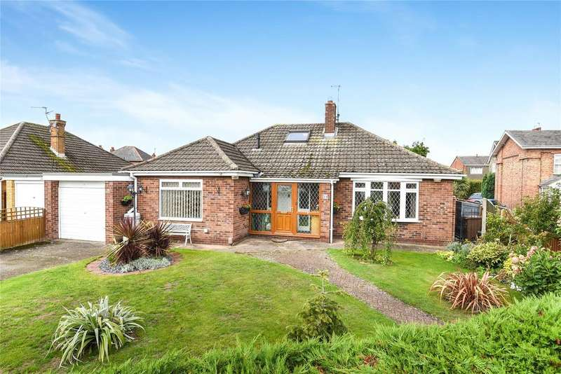 2 Bedrooms Detached Bungalow for sale in Meadow Lane, North Hykeham, LN6