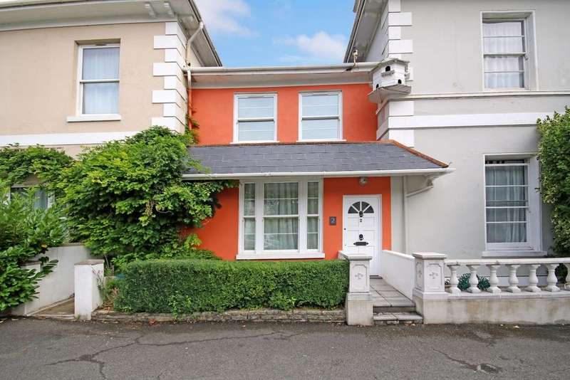 2 Bedrooms Terraced House for sale in Asheldon Road, Torquay, TQ1