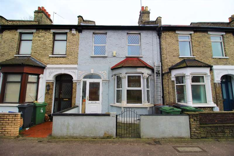 3 Bedrooms Terraced House for sale in Chingford Road, Walthamstow, London E17