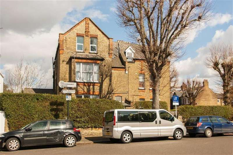 2 Bedrooms Flat for sale in Cumberland Road, London