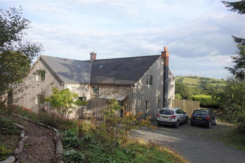 4 Bedrooms Detached House for sale in Llanfihangel, Llanfyllin