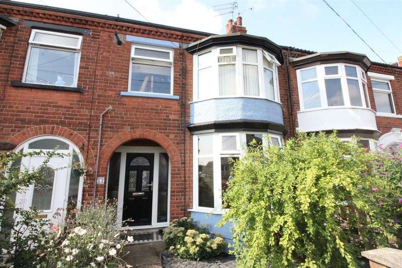 3 Bedrooms Terraced House for sale in Claremont Avenue, Hull
