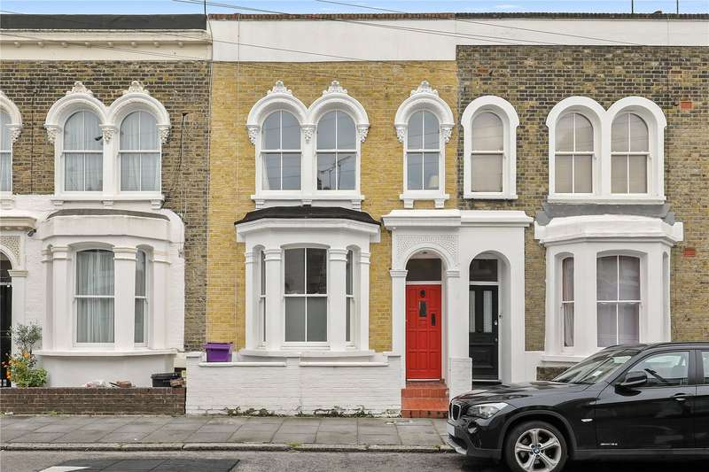 3 Bedrooms Terraced House for sale in Strahan Road, Bow, London, E3