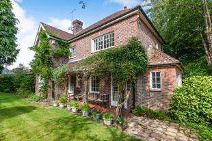 4 Bedrooms Detached House for sale in Burgh Hill, Etchingham, East Sussex