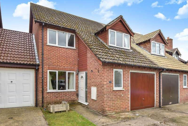 3 Bedrooms House for sale in Conway Drive, Thatcham, RG18