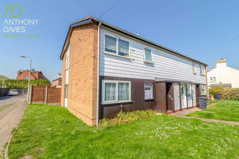 2 Bedrooms Maisonette Flat for sale in Haward Road, Hoddeson, EN11