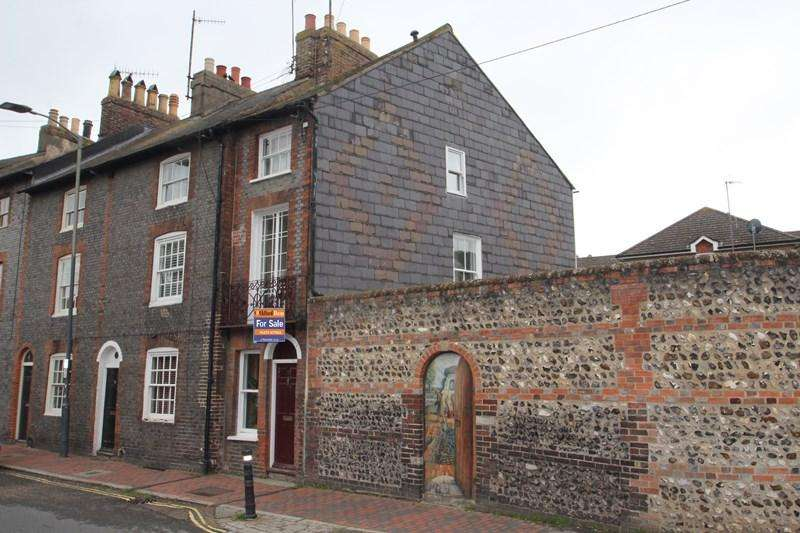 3 Bedrooms Town House for sale in Friars Walk, Lewes