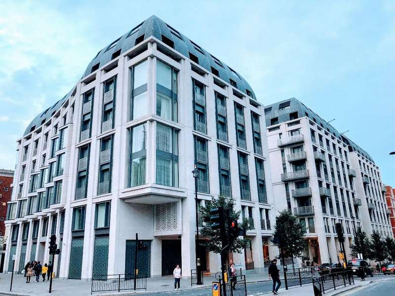 2 Bedrooms Apartment Flat for sale in Savoy House, 190 Strand