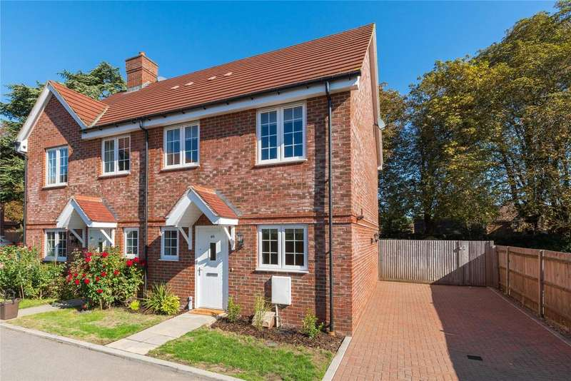 3 Bedrooms Semi Detached House for sale in Brudenell Close, Amersham, Buckinghamshire, HP6