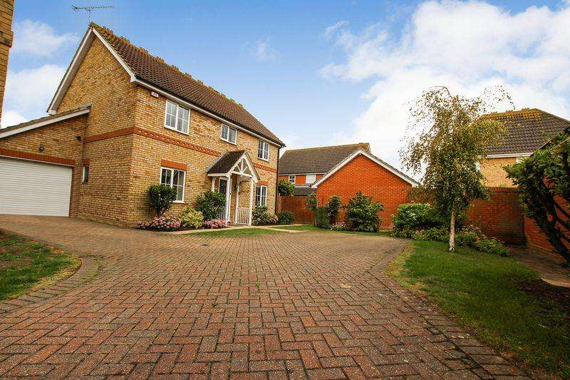 4 Bedrooms Detached House for sale in Hornbeam Chase, Brandon Groves, South ockendon