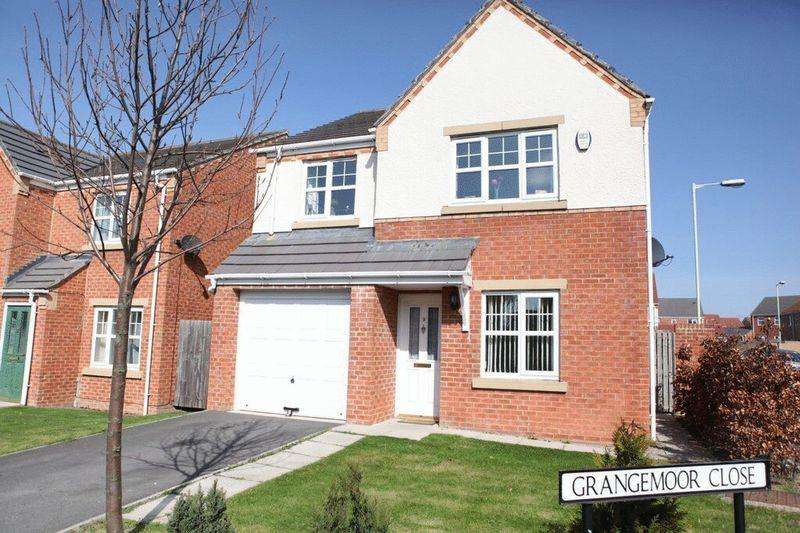 4 Bedrooms Detached House for sale in Carlton Moor Crescent, Darlington