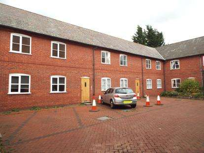 1 Bedroom Flat for sale in Tudor Court, Chester Street, Mold, Flintshire, CH7