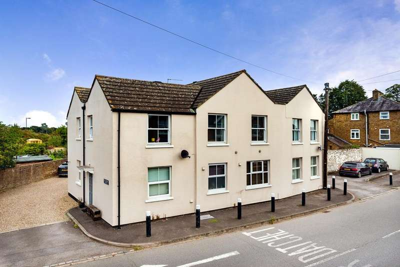 2 Bedrooms Flat for sale in Victoria House