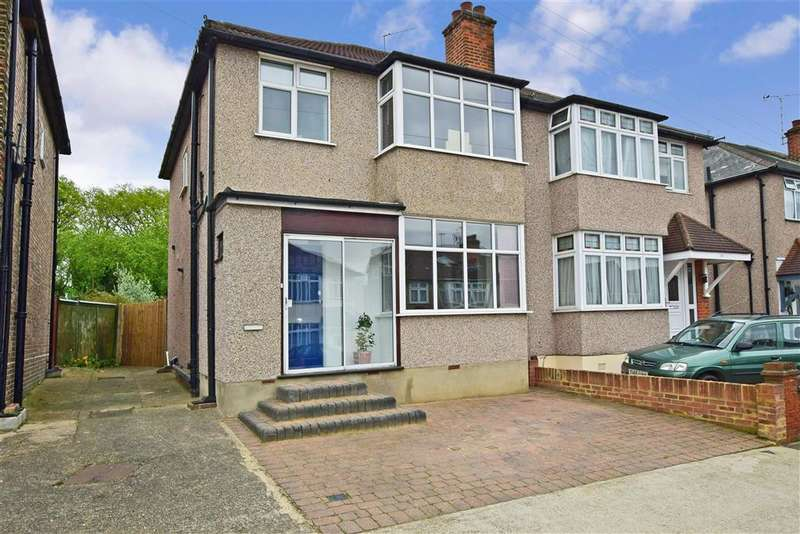 3 Bedrooms Semi Detached House for sale in Boscombe Avenue, , Hornchurch, Essex