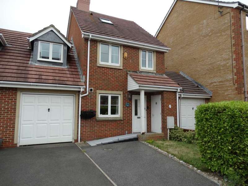 4 Bedrooms Semi Detached House for sale in Phoenix Drive, Eastbourne