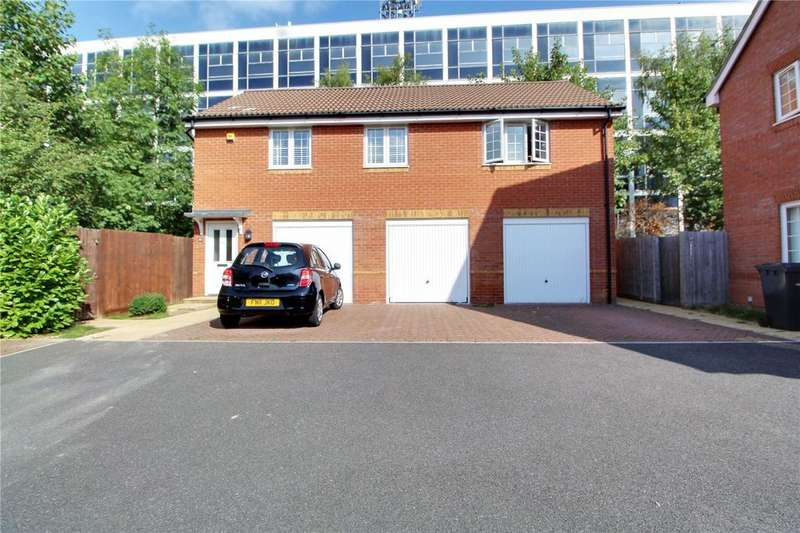 2 Bedrooms Maisonette Flat for sale in George Palmer Close, Reading, Berkshire, RG2