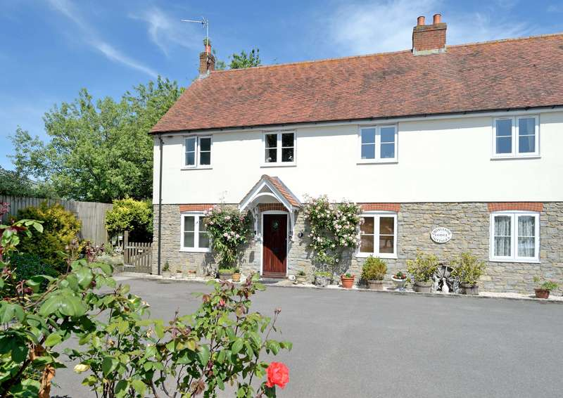 3 Bedrooms Semi Detached House for sale in 2 Grosvenor Lodge Cottages