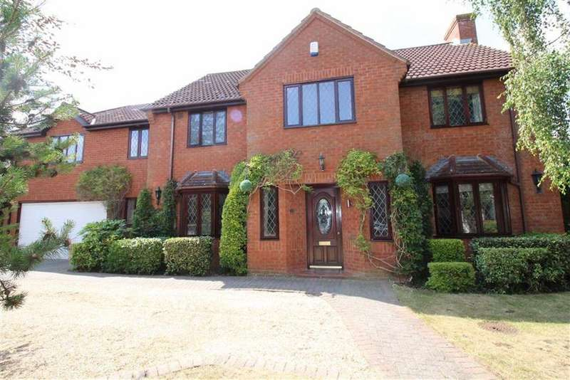 5 Bedrooms Detached House for sale in Killams Green, Taunton, Somerset, TA1