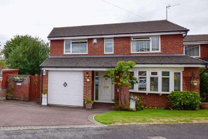 4 Bedrooms House for sale in Monmouth Close, Warrington