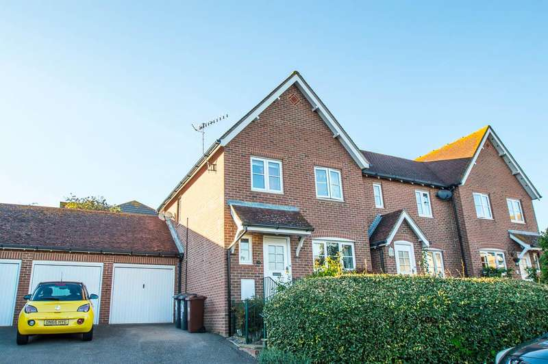 3 Bedrooms Semi Detached House for sale in Middleham Way, Eastbourne