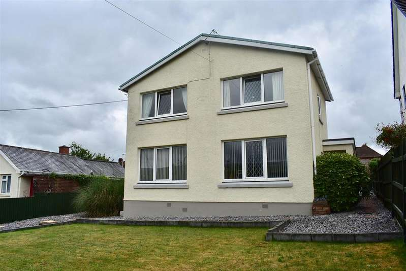 3 Bedrooms Detached House for sale in New Road, Ammanford