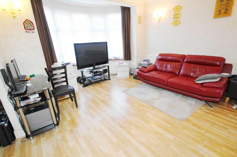 3 Bedrooms Semi Detached House for sale in Danehurst Gardens, Redbridge