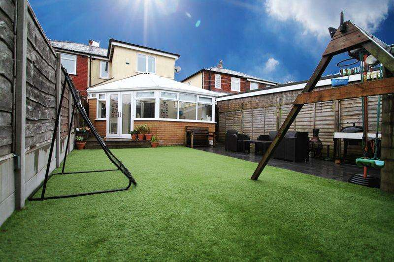 2 Bedrooms Semi Detached House for sale in Weldon Avenue, Middle Hulton, Bolton, Lancashire. ***STUNNING FAMILY HOME***