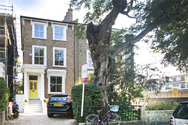 4 Bedrooms Semi Detached House for sale in Navarino Road, Hackney, E8