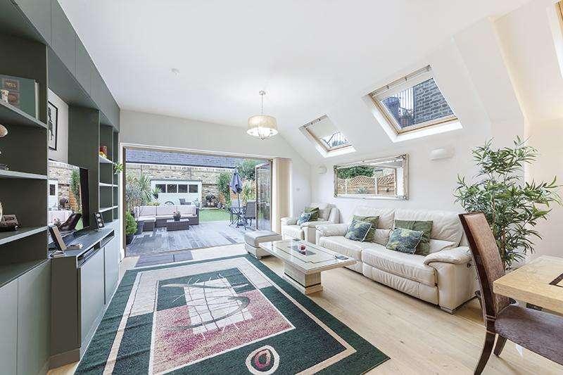 4 Bedrooms Terraced House for sale in Kenyon Street , London SW6