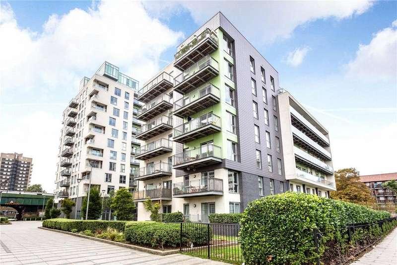Studio Flat for sale in Hodgeson House, 26 Christian Street, London, E1