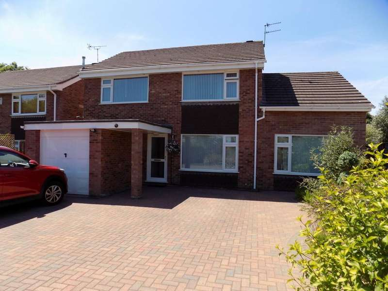4 Bedrooms Detached House for sale in Landswood Park, Hartford