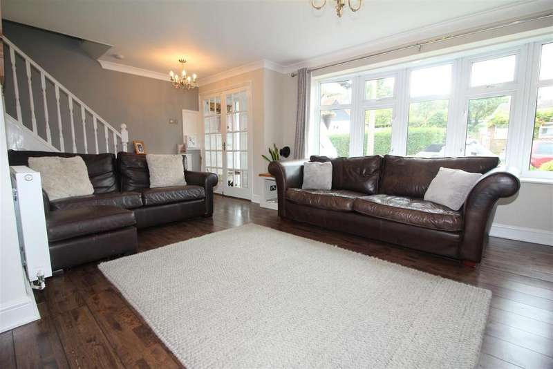 3 Bedrooms Semi Detached House for sale in Watersmeet, Harlow