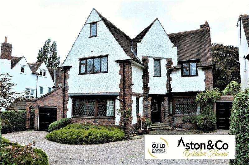 6 Bedrooms Detached House for sale in Meadowcourt Road, Oadby Leicestershire
