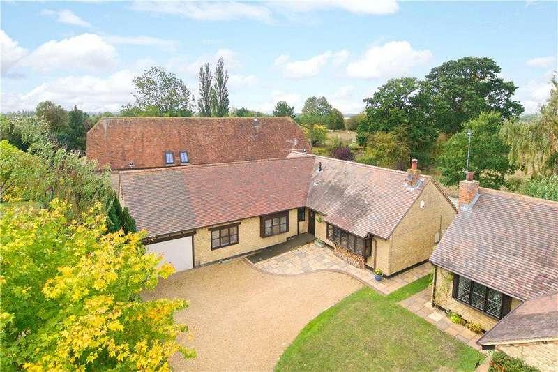 5 Bedrooms Detached Bungalow for sale in Village Close, Sherington, Buckinghamshire