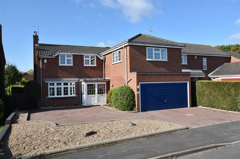 5 Bedrooms Detached House for sale in Grassholme Drive, Loughborough