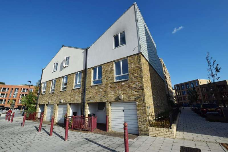 4 Bedrooms End Of Terrace House for sale in Fairbairn Green Brixton SW9