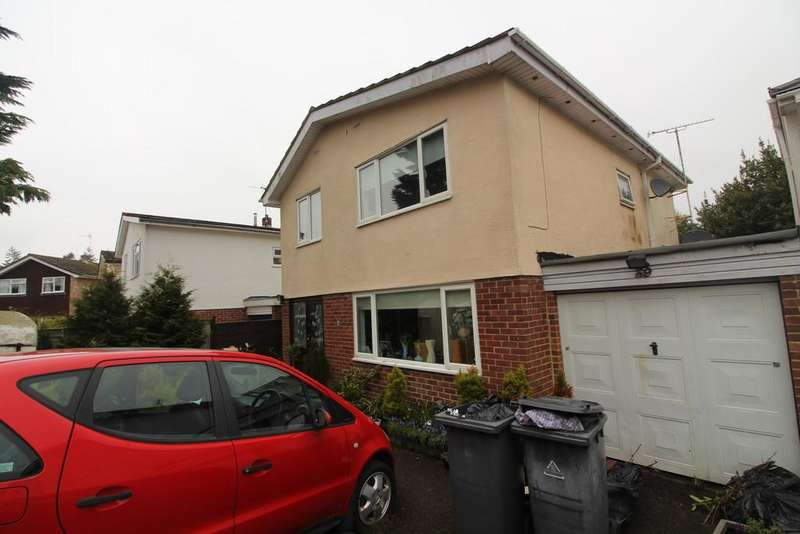 4 Bedrooms Detached House for sale in Silverthorne Drive, Caversham