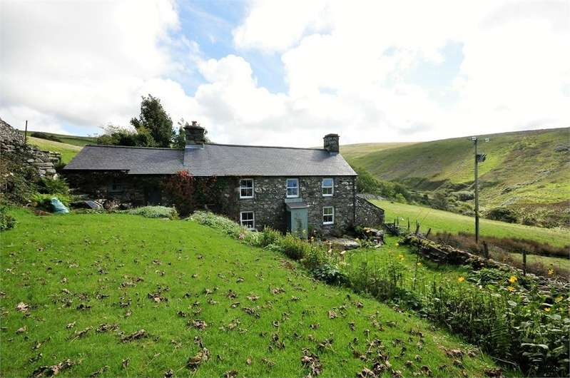 3 Bedrooms Cottage House for sale in Llwyngwril, Gwynedd, Wales