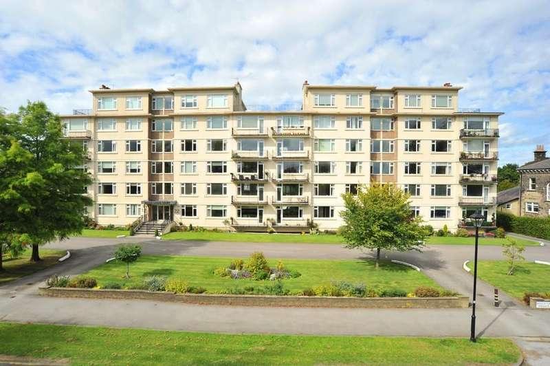 3 Bedrooms Penthouse Flat for sale in 11 Beech Grove Court, Beech Grove, Harrogate