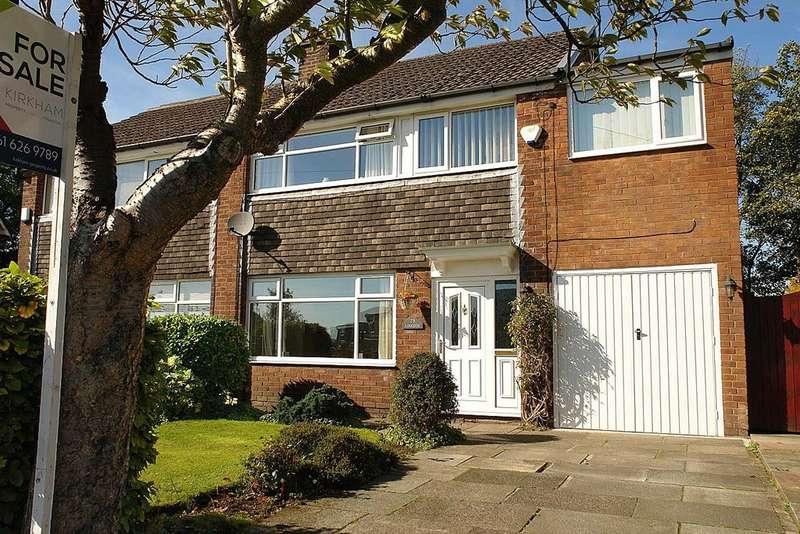 4 Bedrooms Semi Detached House for sale in Linkside Avenue, Royton, Oldham