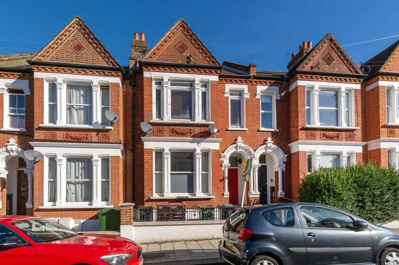 2 Bedrooms Flat for sale in Kingscourt Road, Streatham Hill, SW16