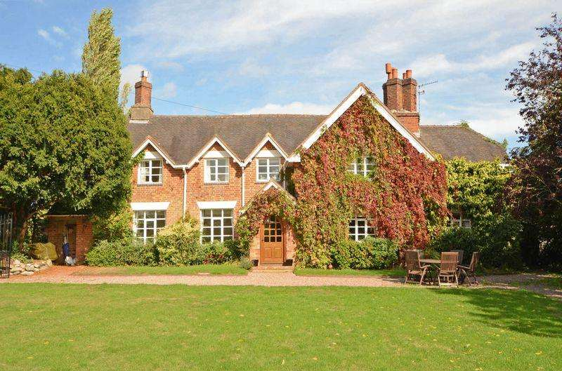 4 Bedrooms Detached House for sale in Chebsey, near Eccleshall, Staffordshire