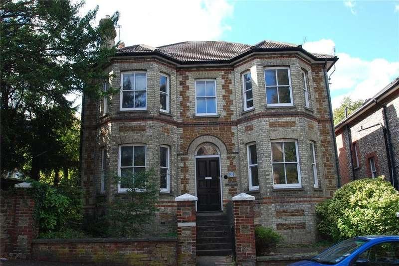 5 Bedrooms Detached House for sale in Jenner Road, Guildford, Surrey, GU1