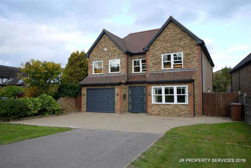 5 Bedrooms Detached House for sale in Tolmers Road, Cuffley