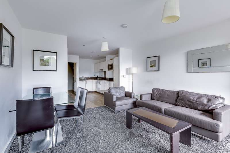 2 Bedrooms Duplex Flat for sale in Parkside Court, Booth Road, E16